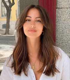 Cut My Hair, Hair Cuts, Hair Inspo, Hair Inspiration, Medium Hair Styles, Short Hair Styles, Long Hair With Bangs, Aesthetic Hair, Hair Day