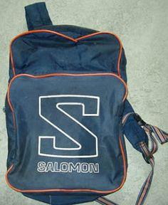 Salomon-ryggsäcken, då hängde den på varje skolpojkes ena axel... när? Ca 1985.