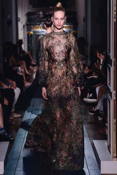 "Valentino. Dress ""Le Bois de Diane"" in ""thé vert"" lace and silk chiffon and ramages. 900 hours of craftsmanship. Haute Couture FW 12/13"