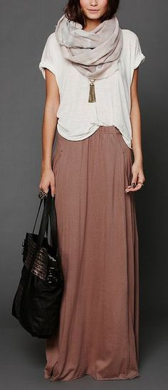 Comfy neutrals. Lots of downward movement. Minus the bag