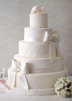 Beyaz Büyü Düğün Pastası