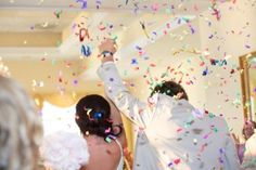 Celebrate with confetti! >> Photography by @SomethingBlueNJ