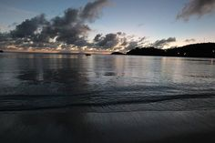 Another day another gorgeous sunset! Thanks again to WingNut Racing for sharing their stunning shot with us. #carlislebayantigua #carlislebay #caribbean #travel #travels #antigua #sunset #sunsets #view #beautiful