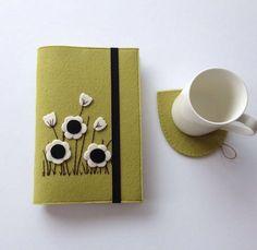 Kitap kılıfı & Bardak Altlığı Whatsapp 0545 839 41 10 #flowers#coasters#kitapkılıfı#bookcover#coffee#cup#tea#felt#keçe#handmade#hediyelik#gift