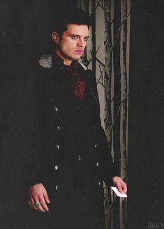 Sebastian Stan - The Mad Hatter. Boy do I like him in eyeliner