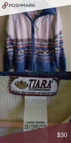 Women's Sweater Size Large Zip front sweater...excellent condition. Size large tiara  Sweaters Cardigans