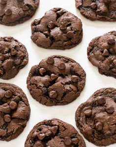 Made with semi sweet chocolate chips… Soft & Chewy Double Chocolate Chip Cookies. Made with semi sweet chocolate chips and cocoa powder. These cookies take only 20 minutes to make start to finish! Double Chocolate Chip Cookie Recipe, Semi Sweet Chocolate Chips, Dessert Chocolate, Easy Chocolate Cookies, Cocoa Cookies, Cookies Soft, Melted Chocolate, Chocolate Treats, Sweets