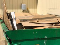 """Moving is crazy expensive, so paying for moving boxes is just out of the question. But if you're like me, you don't think, """"Where can I get free moving boxes?"""" until moving day is right around the. Free Moving Boxes, Free Boxes, Big Day, Coupon Lady, How To Get, Places, Tips, Lugares, Counseling"""