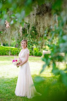 Boone Hall Plantation Bridal Portraits // Dana Cubbage Weddings // Charleston SC Wedding Photography
