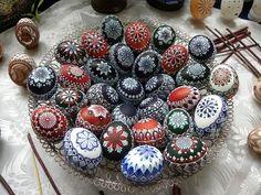 Egg Art, Egg Decorating, Easter Eggs, Eggs, Easter Activities, Kunst