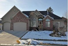 I represented the buyer in the purchase of this attractive home in Herriman. March 2014