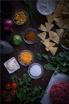 Taco Salat Zutaten / Taco Salad ingredients - mehr zum Rezept auf http://www.urban-hunger.com/taco-salat/