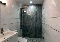 Walk in Shower Designs (Ultimate Guide) - Designing Idea Bathroom Tub Shower, Master Shower, Rustic Design, Modern Design, Black And White Tiles Bathroom, Walk In Shower Designs, Glass Partition, Half Walls, Custom Shower