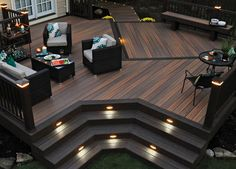 How striking and luxurious does this dark deck look?
