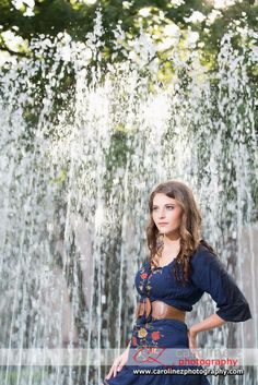portrait photography, fountain