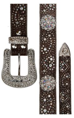 Nocona® Women's Rhinestone Western Belt Cavender's Boot City ~ So pretty! Cowgirl Belts, Cowgirl Bling, Western Belts, Cowgirl Style, Cowgirl Clothing, Western Wear, Country Fashion, Country Outfits, Country Wear