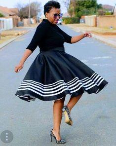 African Fashion – Designer Fashion Tips African Traditional Wear, Traditional Skirts, Traditional Fashion, Traditional Outfits, Traditional Styles, African Wedding Attire, African Attire, African Wear, African Weddings