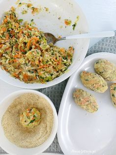 Kotlety z cukinii | AniaGotuje.pl Fried Rice, Hummus, Zucchini, Fries, Menu, Cooking, Ethnic Recipes, Food, Diet