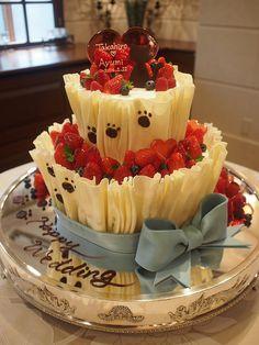 ニャンコを模ったケーキです!
