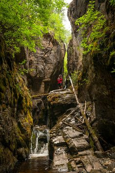 Beating the South Okanagan heat by exploring the canyons of Naramata's Creek Park. Beautiful Places In The World, Oh The Places You'll Go, Places To Visit, Things To Do In Kelowna, West Coast Canada, Summer Travel, Summer Fun, Canadian Rockies, Canada Travel