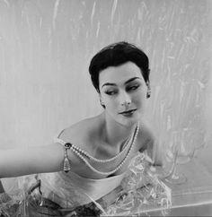 Cartier Jewellery April 1952