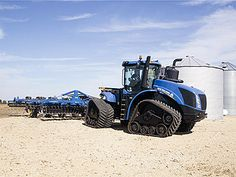Modular tracks: Tractors, New Holland, John Deere, Case, and Agco - ATI Modular Track Systems Big Tractors, Ford Tractors, New Holland Agriculture, New Holland Tractor, Old Farm Equipment, Ford News, Chenille, Tracking System, Cute Puppies