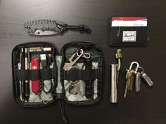 Essential everyday carry for me. Love my Maxpedition Micro Organizer to keep things tidy in my cargo pocket.