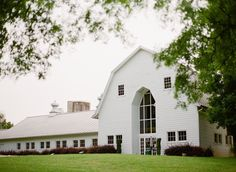Leanne~ I found this blog with pictures from a wedding at The Dairy Barn in Fort Mill, SC