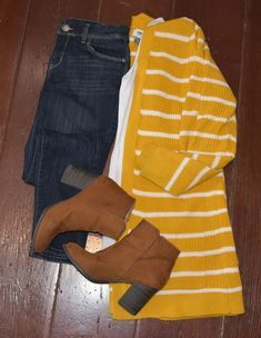 Bright sunshine cardigan is from Old Navy. Paired with skinny jeans and brown ankle boots with a big heel. Bright sunshine cardigan is from Old Navy. Paired with skinny jeans and brown ankle boots with a big heel. Old Navy Outfits, Casual Winter Outfits, Casual Fall, Spring Outfits, Outfit Summer, Outfit Winter, Men Casual, Winter Dresses, Work Outfits