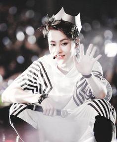 Xiumin Kim Minseok EXO-M
