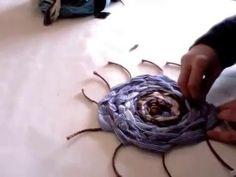 Creare un tappeto intrecciato con tessuti riciclati - Malice's Craftland