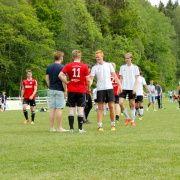 Trener Atle og spiller Erik takker for kampen mot Løkka SK fra Sandefjord