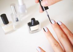 side line  (17 Must-Try Minimalist Manis via Brit + Co.)