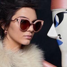 Fendi - Óculos de sol e grau com o melhor preço e até para pagar.  Certificado de garantia e Frete Grátis para todo o Brasil. Desconto á vista. f12bbeaf34