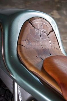 Cool seat for short rides.   #motorcycles