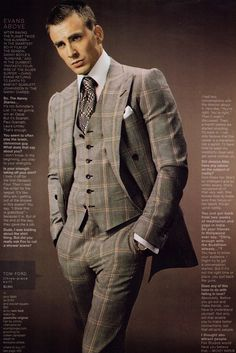 Chris Evans Models Tom Ford Suave in a suit. Fantastic Four star Chris Evans will model Tom Ford's new men's collection in GQ's September issue. Look for the full photo spread in… Mens Fashion Suits, 70s Fashion, Mens Suits, Luxury Fashion, Three Piece Suit, 3 Piece Suits, Sharp Dressed Man, Well Dressed Men, Chris Pine