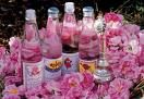 Gelatina ai petali di rosa.