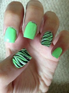 50 Beautiful and Unique Green Nail Art Designs Ideas Mint Green Nail Polish, Mint Green Nails, Green Nail Art, Mint Nails, Nail Art Vert, Swirl Nail Art, Zebra Print Nails, Toe Nail Designs, Cute Nail Art