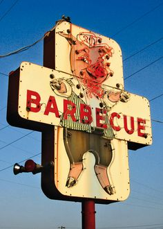 Sign of a good BBQ place- a pig wearing clothes. Sign of a GREAT BBQ place: A pig wearing clothes eating BBQ Advertising Signs, Vintage Advertisements, Vintage Ads, Old Neon Signs, Vintage Neon Signs, Bbq Signs, Retro, Pompe A Essence, Art Brut