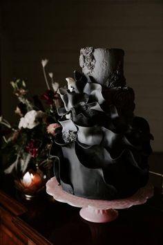 black wedding cake with ruffled fondant Black Wedding Cakes, Fall Wedding Cakes, Wedding Cake Designs, Black Fondant, Modern Wedding Inspiration, Wedding Ideas, Ruffle Cake, Cake Trends, Tiered Cakes