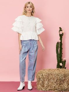 Sleeve Types, Types Of Sleeves, Dolly World, White Tops, Folk, Outfit Ideas, Coral, Ruffle Blouse, Angel