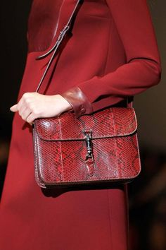 Perfect clutch at Gucci | Fall 2014 Ready-to-Wear Collection | Style.com