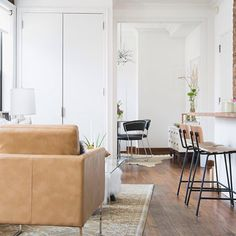 When you call out of work in prep for the week to never leave. #dreamhome // Design by @jdipie of #HomepolishNYC for @lobosworth + photo by @claireesparros.