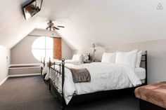 The loft bedroom. - Get $25 credit with Airbnb if you sign up with this link http://www.airbnb.com/c/groberts22