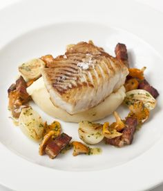A luscious combination of humble and luxurious ingredients, this halibut recipe from Adam Gray takes very little time to prepare, making it ideal for a midweek dinner party or any other time you don't want to spend hours cooking. Pan Fried Halibut Recipe, Halibut Recipes, Fish Recipes, Seafood Recipes, Gourmet Recipes, Cooking Recipes, Table D Hote, Great British Chefs, Smoked Bacon