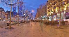 The Champs-Elysées lit up for Christmas