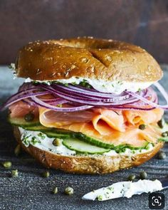 Jan 2020 - Starting with smoked salmon, this bagel sandwich is layered with tasty ingredients—flavored cream cheese, capers, and purple onion. It's a quick fix for a brown-bag lunch. Bagel Lunch Recipes, Bagel Recipe, Quick Lunch Recipes, Smoked Salmon Bagel, Smoked Salmon Recipes, Smoked Salmon Breakfast, Bagel Sandwich, Bagel Bagel, Sandwich Ideas
