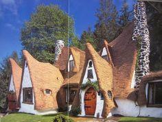 Curious Places: Storybook House (Olalla/ Washington)