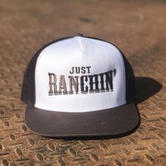 30853047f2131 Just Ranchin in White   Brown Mesh