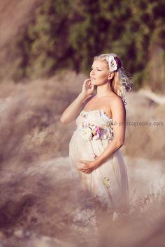 Beautiful beach maternity shoot.  Photo by Gul Photography.
